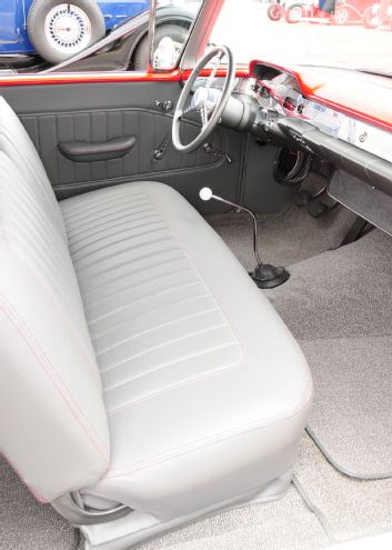 Lt. Gray Leather<br>accentuates the BASF<br>Vibrant Red exterior