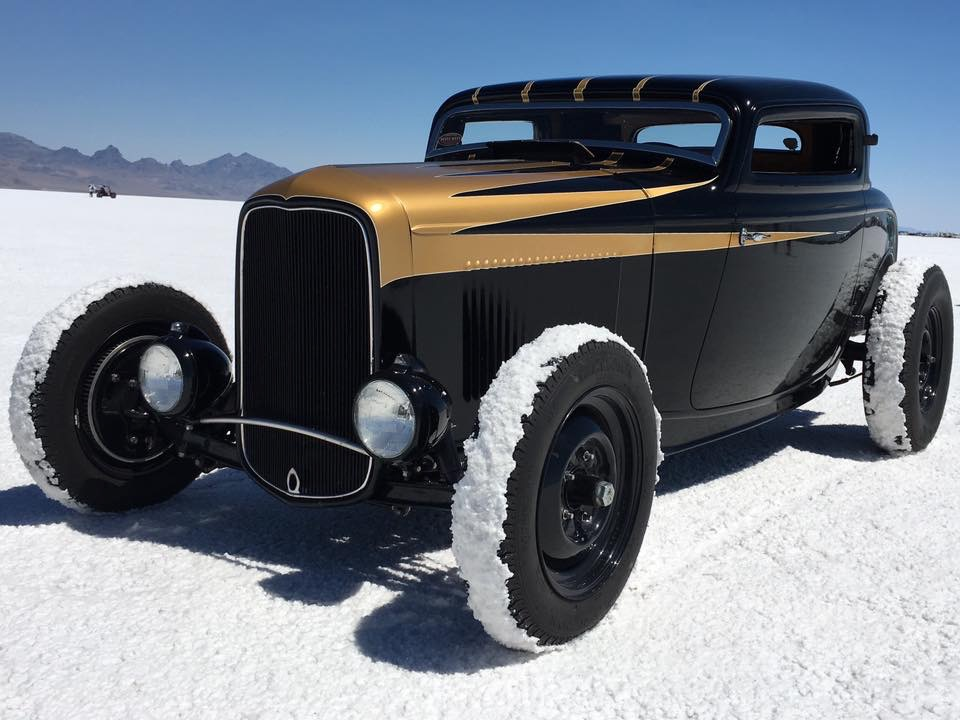 Jeff Devey<br/>1932 Ford 3-Window<br/>Out on the Salt @ B'Ville