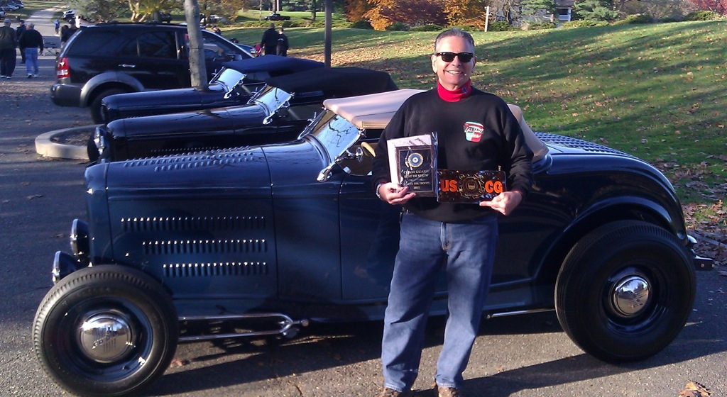 Ralph Ciambrello<br/>Chad Adams built<br/>1932 Ford<br/>Best of Show<br/>