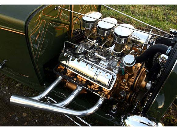 Hot Rod J2 Olds Tri-Power<br>check out the NASCAR Dimpled Valve Covers