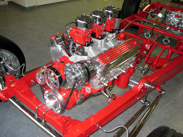 Hot Rod Carbs.com - Custom Hot Rod Tri-Power built specifically for the ZZ4 engine and the customers aesthetic theme